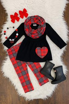 If you look young one outfit, our toddler guy trousers will certainly be his favored right away. Cute Baby Boy Outfits, Little Girl Outfits, Cute Outfits For Kids, Little Girl Fashion, Toddler Girl Outfits, Cute Baby Clothes, Kids Fashion, Latest Fashion, Toddler Boutique Clothing