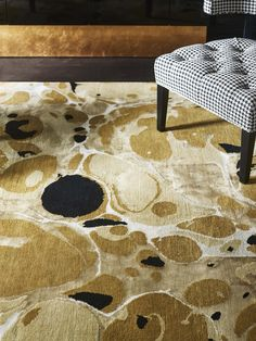 Luxury rug by Rug'Society, exclusive design the deluxe of past & present. Handmade rugs in any measure made of silk. Bedroom Carpet, Living Room Carpet, Family Room Playroom, Bamboo Rug, Hallway Carpet Runners, Rug Inspiration, Best Carpet, Patterned Carpet, Carpet Design
