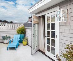 15 Outdoor Lighting Ideas For Enchanting Summer Evenings | House & Home Beach Lighting, Luxury Lighting, Outdoor Lighting, Outdoor Decor, Sconce Lighting, Lighting Ideas, Small House Layout, House Layouts, Inexpensive Backyard Ideas