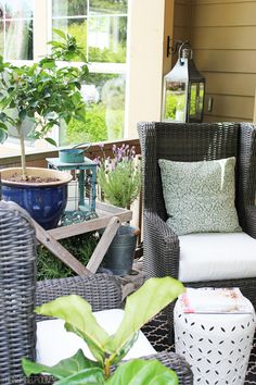 Decorating the Front Porch for Spring - The Inspired Room