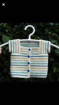 two color pattern for a sweate Crochet Kids Hats, Knitting For Kids, Baby Knitting Patterns, Baby Patterns, Knitting Projects, Hand Knitting, Knit Crochet, Crochet Patterns, Baby Vest
