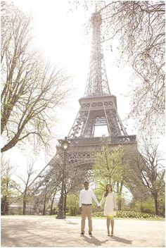 Capture your engagement in Paris with Natalie J Weddings via French Wedding Style