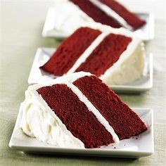 Red Velvet Cake with Vanilla Cream Cheese Frosting recipe. Moist and luscious, classic red velvet cake is as delightful to behold as it is to eat! Food Cakes, Cupcake Cakes, Cupcake Mix, Cupcakes, Double Layer Cake, Vanilla Cream Cheese Frosting, Coconut Buttercream, Cream Frosting, Bolo Red Velvet