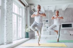 Whether you're into being a full-on gym buff or bettering your health with small, everyday changes, these are all the ways for over 50 fitness. Men's Health Fitness, Fitness Tips, Yoga Benefits, Health Benefits, Over 50 Fitness, Healthy Man, Healthy Living, Group Fitness Classes, Low Impact Workout