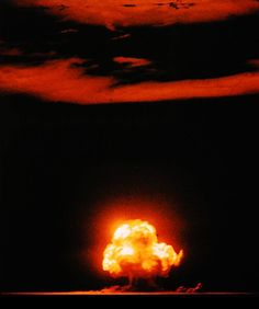 July The Atomic Age begins when the United States successfully detonates a plutonium-based test nuclear weapon at the Trinity site near Alamogordo, New Mexico, as part of the top-secret Manhattan Project. First Atomic Bomb, Nuclear Test, Einstein, Bomba Nuclear, Uss Indianapolis, Mushroom Cloud, Cloud Lights, Manhattan Project, Pentagon