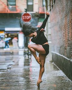 Breathtaking Portraits Capture Ballet's Finest Dancing on the Streets of New York Miming and photography might not seem to go hand-in-hand, but for Omar Z. Robles, a background in the former physical art has. Under The Rain, Dance Movement, Ballet Photography, Street Dance Photography, Contemporary Dance Photography, Photos Voyages, Dance Pictures, Dance Pics, Lets Dance