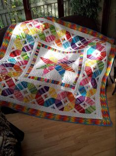 (7) Name: 'Quilting : Scrap Happy Star Quilt http://www.craftsy.com/pattern/quilting/home-decor/scrap-happy-star-quilt/184708?rceId=1465138653283~7nzb6n3z