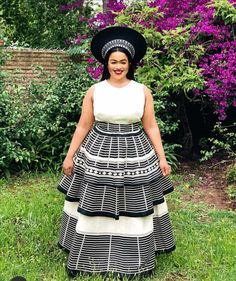 African Wear For Ladies, South African Traditional Dresses, Xhosa Attire, Shweshwe Dresses, African Dress, African Fashion, Nice Dresses, Fashion Dresses, Wedding Prep