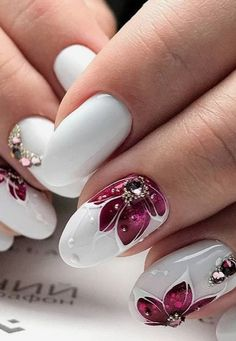 # White W/Flower Nails