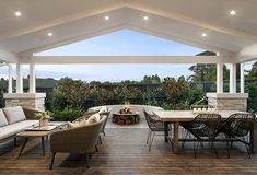 Modern Country is Here: How to Create the Look Modern Country Interior Design and the Regional Home Builders Delivering it Die Hamptons, Hamptons Style Homes, Country Interior Design, Country House Design, Country Interiors, Interior Modern, Outdoor Areas, Outdoor Rooms, Outdoor Furniture