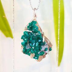 Dioptase Necklace Dioptase Cluster Necklace Druzy Pendant Green Gemstone Necklace #dioptase #green #gemstone