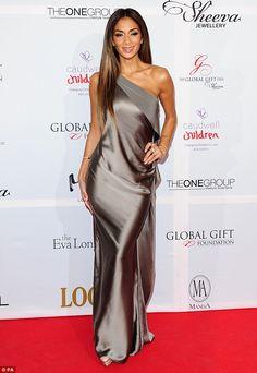 Nicole Scherzinger aion dating