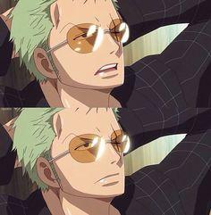 Zoro você fica lindo de óculos  ♡¡¡♡