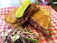 Manchester's Northern Soul Grilled Cheese oozes class from it's small shop unit on Church Street. An amazing menu which is delicious, mouth watering and EPIC when it comes to street food or sofa food.