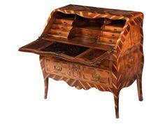 French chest of drawers Secretary Montbéliard / Burgundy, 18th century.