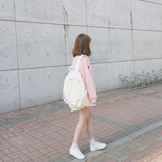 girl, kfashion, and asian image Ulzzang Fashion, Asian Fashion, Girl Fashion, Girl Short Hair, Short Girls, Cute Korean Girl, Asian Girl, Tmblr Girl, Adidas Tumblr Wallpaper