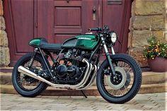 Kawasaki Z650B Cafe Racer von HB-Custom #kawasaki #caferacer #custom #bike #motorcycle Cb Cafe Racer, Kawasaki Cafe Racer, Custom Cafe Racer, Cafe Racers, Kawasaki Motorcycles, Cafe Moto, Brat Cafe, Cafe Racer Magazine, Green Motorcycle