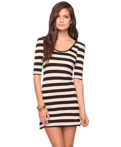 WHAT A DEAL!!! Want this.  http://www.forever21.com/Product/Product.aspx?BR=f21&Category=dress&ProductID=2000029079&VariantID=