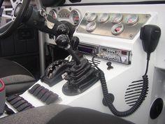 custom jeep cj dashes | Have: 6x6.5 lugs Robby Gordon 17 Beadlocks, 2.5 Fox Bumps, TJ ...