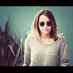 Miley shoulder length hair
