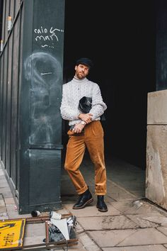 Ideas Fashion Week Street Style 2018 Mens For 2019 London Fashion Week Street Style, Mens Fashion 2018, Street Style 2018, London Fashion Week Mens, Preppy Mens Fashion, Look Fashion, Street Fashion, Fashion Boots, Street Styles