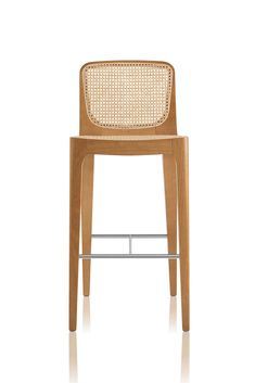Rattan straw seat and backrest. Rattan straw with nylon reinforcement seat. Rattan Furniture, New Furniture, Furniture Design, Outdoor Furniture, Cool Chairs, Bar Chairs, Swing Chairs, Designer Bar Stools, Upholstered Stool
