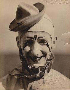 Carson Barnes Circus Clowns | Found on circushistory.org Old Circus, Circus Clown, Circus Acts, Dark Circus, Night Circus, Vintage Circus Photos, Vintage Carnival, Vintage Clown, Scary Clowns