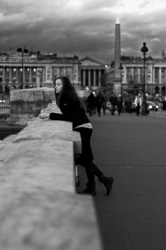 Jean-Philippe Jouve | Black and White | Street Photography | Paris | Pensive