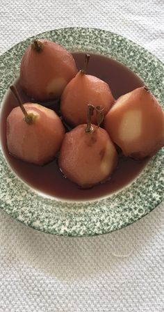 Easy Poached Pears In Red Wine