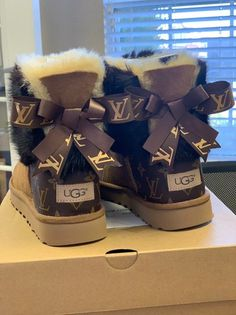 Womans Ugg Boots Customized With Louis Vuitton Coated canvas.- Womans Ugg Boots Customized With Louis Vuitton Coated canvas bag material & Mink fur any size. Cute Uggs, Cute Boots, Jordan Shoes Girls, Girls Shoes, Zapatillas Louis Vuitton, Sneakers Fashion, Shoes Sneakers, Fashion Boots, Designer Shoes