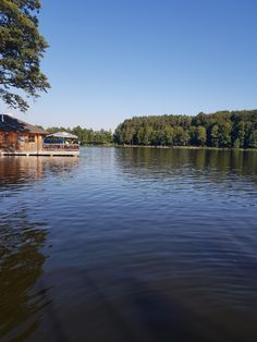 Die Innviertler Seenplatte - Der Holzöstersee River, Beach, Outdoor, Cosy Room, Bike Trails, Double Room, Bike Rides, Outdoors, The Beach