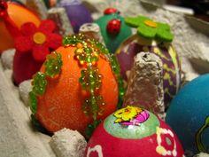 Motive auf #Osterkarten: Die symbolische Bedeutung des #Ostereies