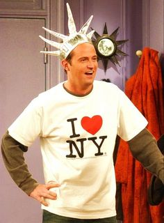 Chandler on Friends Friends Tv Show, Tv: Friends, Serie Friends, Friends Cast, Friends Moments, I Love My Friends, Friends Forever, Chandler Friends, Chandler Bing
