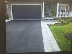 Asphalt Driveway with Interlock Border Asphalt Driveway, Driveway Pavers, Front Walkway Landscaping, Pavement Design, Front Path, Granite Stone, House Front, Curb Appeal, Backyard