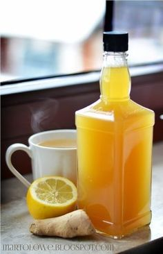 Syrop imbirowo-miodowyie i nie tylko Healthy Drinks, Healthy Eating, Healthy Recipes, Smoothie Drinks, Smoothies, I Love Food, Good Food, Polish Recipes, Sans Gluten