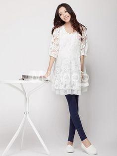 Beautiful Lace Half Sleeves Maternity Dress