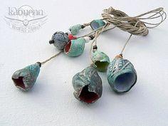 Collier de perles de porcelaine organique Trésors marins par