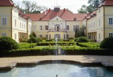 Szidónia Castle Hotel   http://www.szidonia.hu