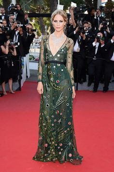 Cannes Film Festival 2015 Poppy Delevingne in Burberry Prorsum Poppy Delevingne, Burberry Prorsum, Burberry 2015, Celebrity Red Carpet, Celebrity Look, Celebrity Dresses, Celebrity Photos, Ellie Saab, Style Hollywoodien