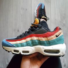 Sneakers women - Nike Air Max 95 (©shei_rine)