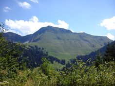 La Dent de Lys, les Paccots, Fribourg, Suisse ©CarolineBerthoud Amazing Places, Switzerland, The Good Place, Mountains, World, Nature, Travel, Ride Or Die, Lily
