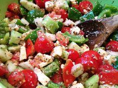 Feta and Tomato Mezze Salad — Spice Tree Organics Cucumber Avocado Salad, Feta Salad, Soup And Salad, Good Food, Dinner Recipes, Healthy Eating, Favorite Recipes, Stuffed Peppers, Healthy Recipes