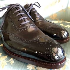 The high cut wingtip of our long wing full brogue Oxford in detail, glacage and shot by @blu_scuro. #saintcrispins #masterofglacage #sydney