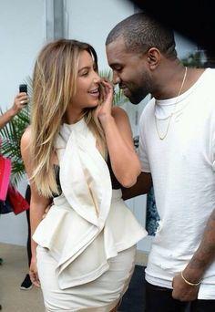 Kim kardashian fashion style hair balayage blonde candids