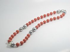Chunky Beaded Necklace Coral Silver 20 by cynhumphrey on Etsy, $18.99