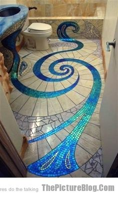 Amazing Bathroom Tiling-seriously? All that to end it with THAT TOILET? Lol Amazing tho!!
