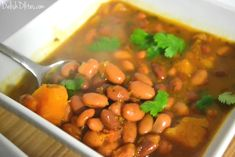 Habichuelas Guisadas (Puerto Rican Stewed Beans) are an essential Puerto Rican side dish. They're simple to make, and bursting with Latin flavors! Puerto Rican Cuisine, Puerto Rican Dishes, Puerto Rican Recipes, Mexican Food Recipes, Ethnic Recipes, Mexican Meals, Mexican Dishes, Habichuelas Guisadas Recipe, Puerto Rican Beans