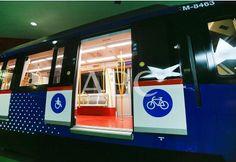 Madrid, 05/02/2010. Presentación de los nuevos trenes de la línea 6 de Metro Metro Madrid, Metro Subway, Taxi, Buses, Broadway Shows, British, Metro Station, Old Photography, Trains