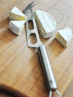 Kitchen Tool : 海外の美しいデザインとプロフェッショナルツール/「WMF」の「チーズカッター」 #kitchentools