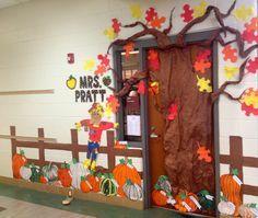 Νηπιαγωγείο αγάπη μου...: Φθινοπωρινές ιδέες διακόσμησης πόρτας!